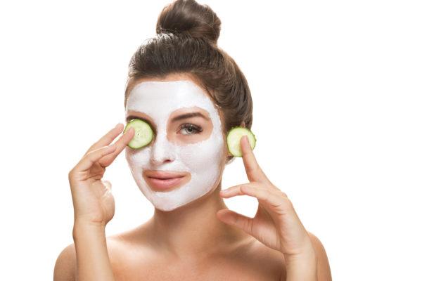 Gesichtsbehandlungen in Bern für das Wohlbefinden Ihrer Haut. Kommen Sie vorbei oder rufen Sie uns an
