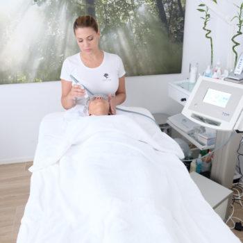 Madame Beauty Institut Behandlung TDA Gerät in Bern