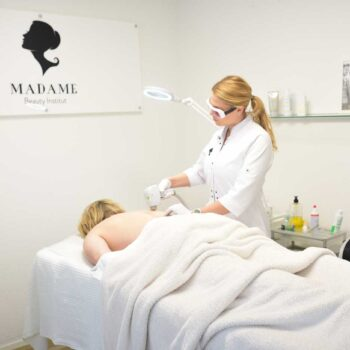 Laser Haarentfernung bei Männer in Bern @ Madame Beauty Institut Bern Switzerland